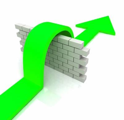 green arrow jump over wall